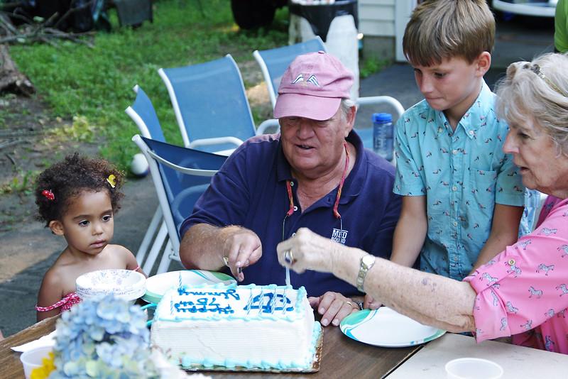 Let's cut the cake. Natsai, Jim, Sam, Kitchie, Madison, CT (Aug 2015)