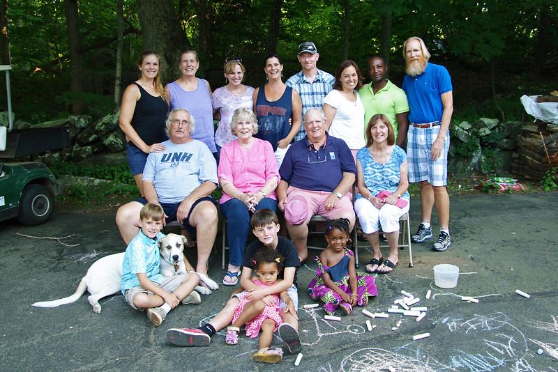(back row) Laura, Jay, Tracy, Jennifer, Jack, Betsy, Giorgio, Mark, (middle) Gerry, Kitchie, Jim, Marge, (ground) Sam, Ziggy, Max, Natsai, Kaya, Madison, CT (Aug 2015)