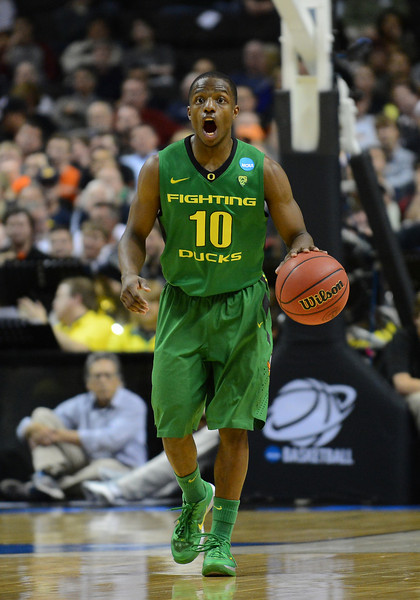 March 21, 2013: Oregon Ducks guard Johnathan Loyd (10) shouts out instructions to his teammates during a game between the Oregon Ducks and the Oklahoma State Cowboys in the second round of the NCAA Division I Men's Basketball Championship at HP Pavilion in San Jose, California.