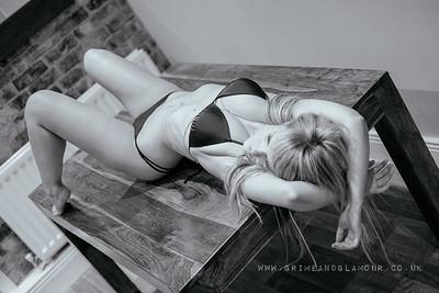 GrimeandGlamour- jenny-bikini-9939