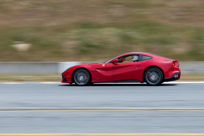 Ferrari California braking into T11