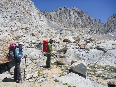 Hiking over Thunderbolt Pass to get to the Palisade Basin
