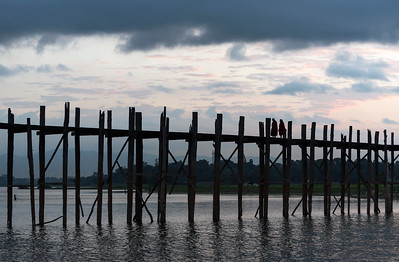 U Bein Bridge - the longest teakwood footbridge in the world - at dawn,  Amarapura near Mandalay, Burma (Myanmar)
