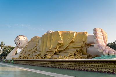 Myathalyaung Reclining Buddha (Naung Daw Gyi Mya Tha Lyaung), Bago, Burma (Myanmar)