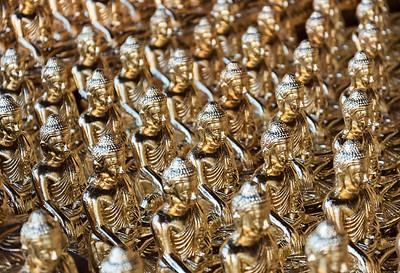 Golden Buddha statues, Shwedagon Pagoda, Yangon (Rangoon), Myanmar (Burma)