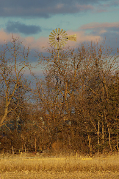 Windmill, Elm Creek, NE (Nov 2007)