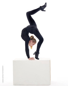 Cirque Contortionist, Gymanst  Beligium