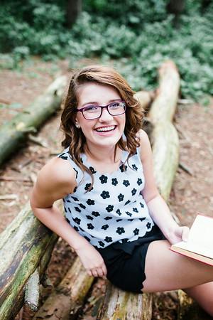 Claudia Holen Senior Photos