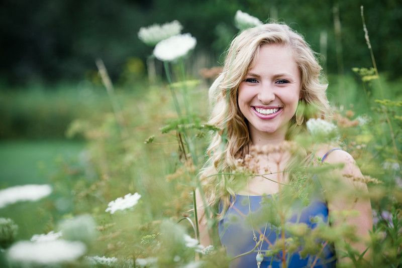 Nature and Outdoor Senior Photos