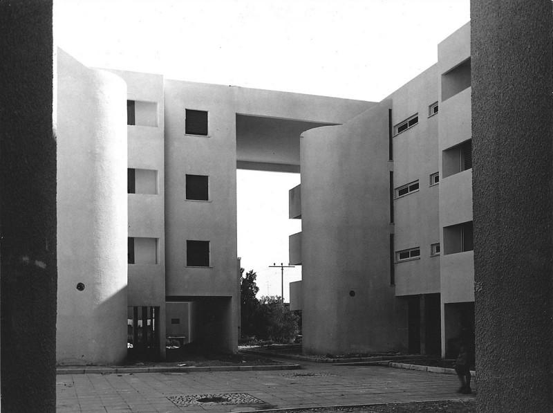 Three Storey Patio Houses