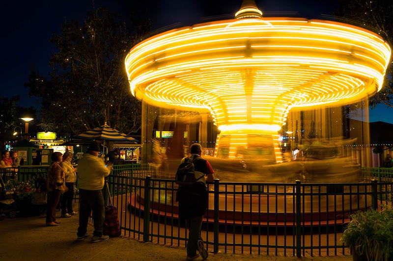 Lightning Carousel
