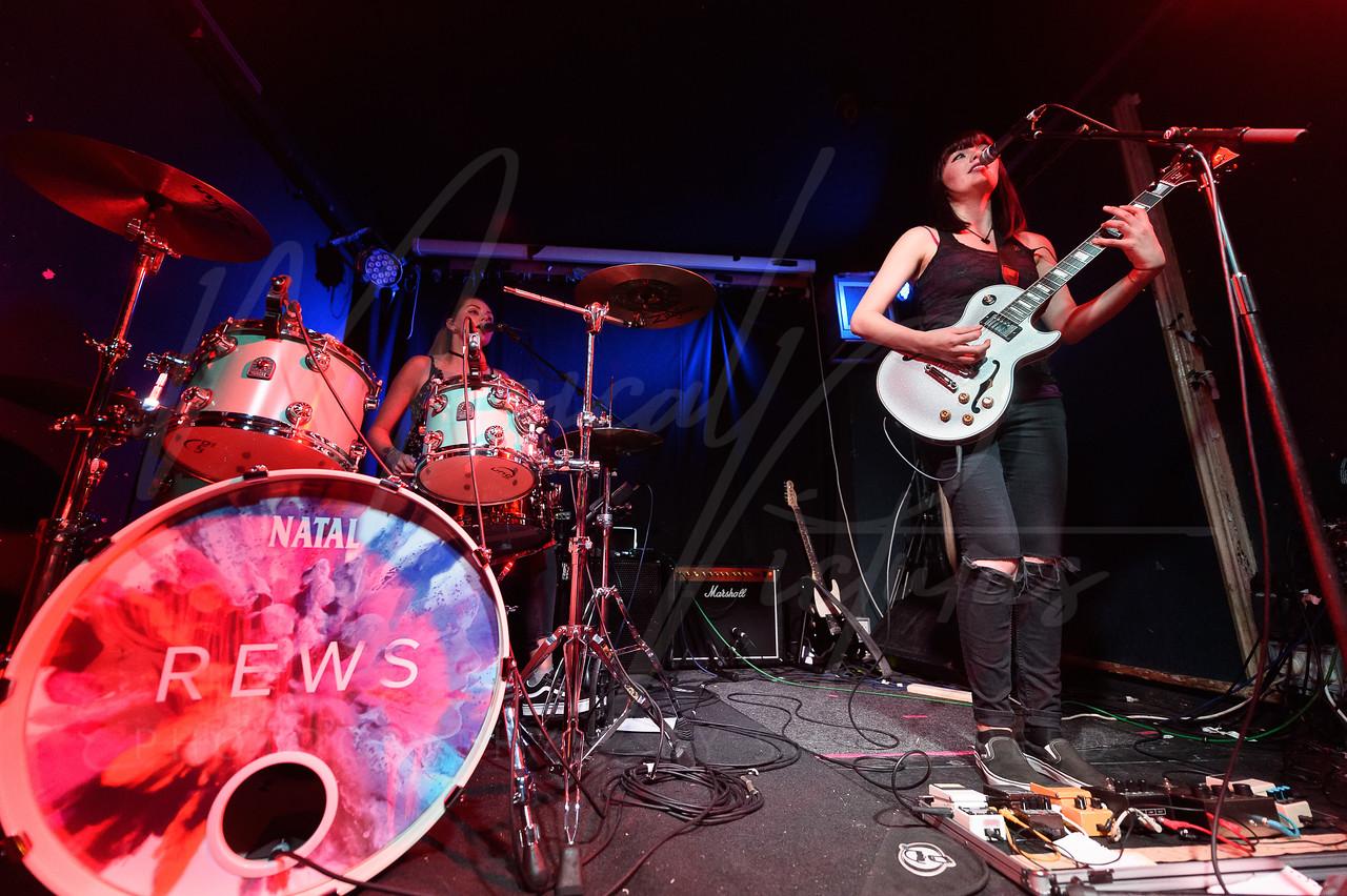 REWS @ The Old Blue Last 29/11/17