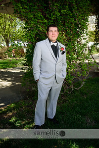 DHSprom18-8074