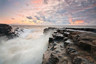 monknash beach, glamorgan, uk