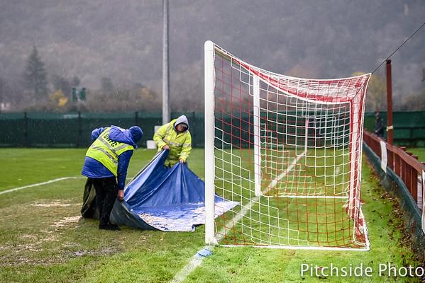 Dorking Wanderers v Folkestone Invicta - Ryman League Division One South