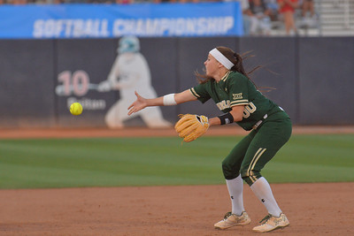 TUCSON, AZ - MAY 26:  Lindsey Cargill #00 of the Baylor Bears tosses the ball to third base during game one of the NCAA Div. I Super Regional against the Arizona Wildcats on May 26, 2017 at Hillenbrand Stadium in Tucson, Arizona. Arizona won 3-2.  (Photo by: Sam Wasson)