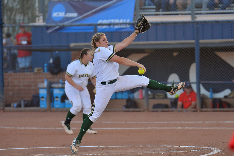 TUCSON, AZ - MAY 27:  Kelsee Selman #16 of the Baylor Bears throws a pitch during game two of the NCAA Div. I Super Regional against the Arizona Wildcats on May 26, 2017 at Hillenbrand Stadium in Tucson, Arizona.  Baylor won 6-4.  (Photo by Sam Wasson)