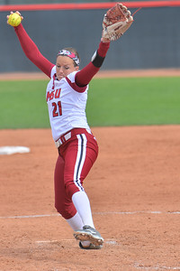 March 5, 2016: NM State pitcher Karysta Donisthorpe delivers a pitch in a game between New Mexico State and Saint Mary's College at the 2016 Alexis Park Resort Classic at Eller Media Stadium in Las Vegas, Nevada. The Aggies defeated the Gaels via run rule 12-4.