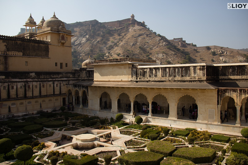 Garden inside the Amber Fort near Jaipur.