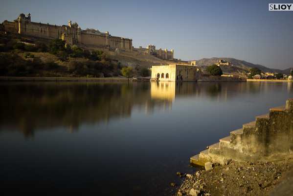 Long-exposure from the ghats near Amber Fort.
