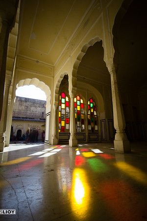 Playing with light in Jaipur's Palace of the Winds.