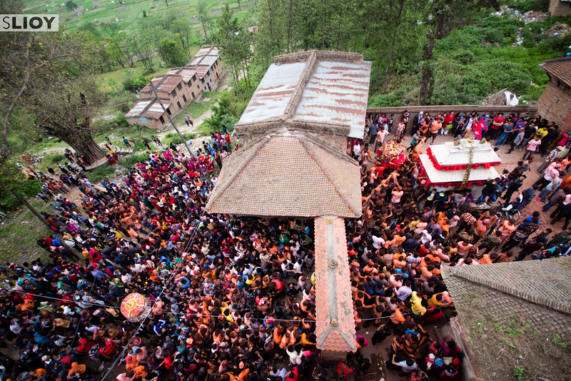 Slight apart from the main Bisket Jatra celebrations, crowds form in the nearby village of Bode to watch the spectacle of the Sunder Jatra.