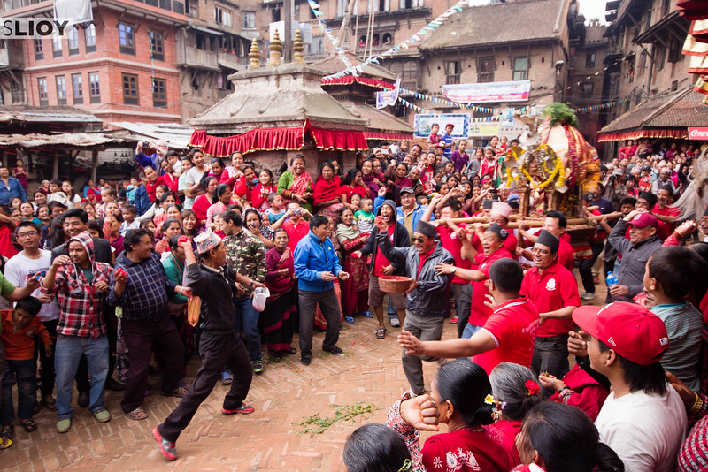 The meeting of two holy shrines during the Bisket Jatra festival. These collisions represent the historic relations between the various gods represented by the shrines.