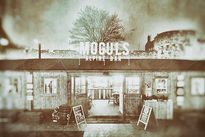 20181115 - Moguls Bar