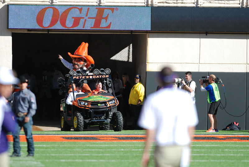 Oklahoma State University Cowboys vs. Texas Christian University Horned Frogs in NCAA Football in Stillwater, OK on Nov. 07, 2015. Photos by Mitchell Alcala/OstatePhoto.com