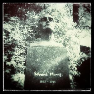 Edvard Munch 1863 - 1944 Vår frelsens gravlund