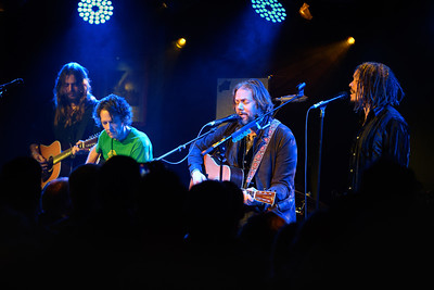 The Magpie Salute @ Under The Bridge 14/04/17