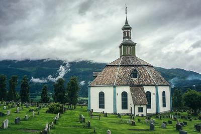 Sør-Fron kirke - Hundorp
