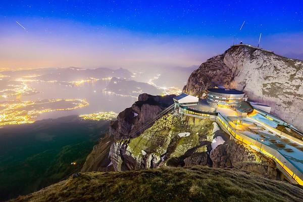 Timelapse / Rise of stars over lake Lucerne