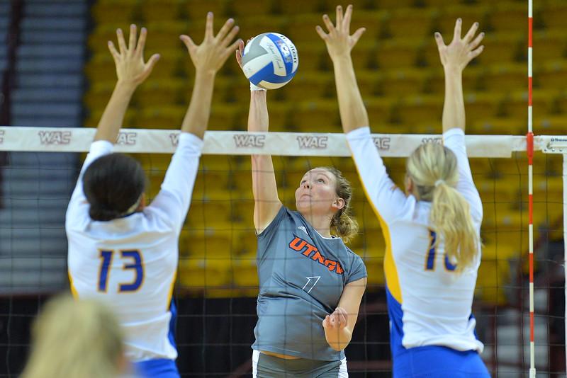WAC Volleyball Tournament First Round - No. 4 Missouri-Kansas City vs. No. 5 UT Rio Grande Valley