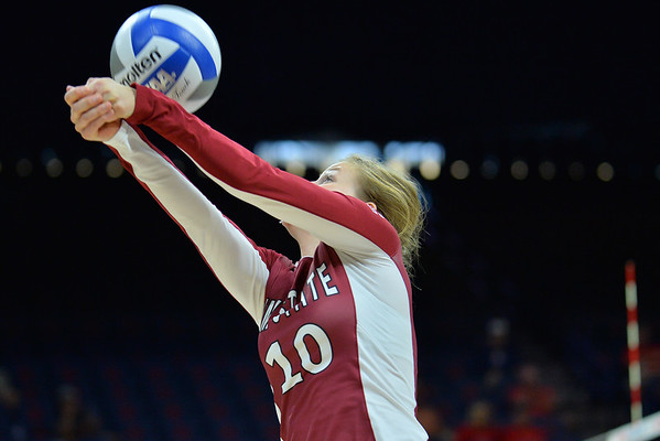 September 18, 2015: Ashlyn Brown passes a ball in a match between New Mexico State and No. 16 Arizona at McKale Memorial Center in Tucson, Ariz.