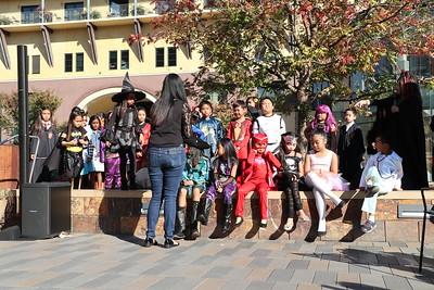 2017-10-28 Santana Row Halloween Show