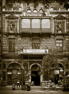The Hungarian house of photography