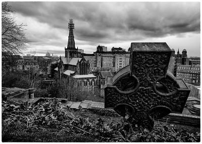 The Glasgow Necropolis (3)