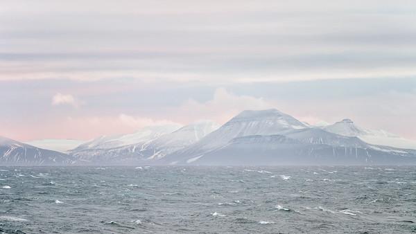 Approaching Sørkapp