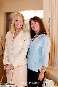 Lynn Heck, Gail Mills