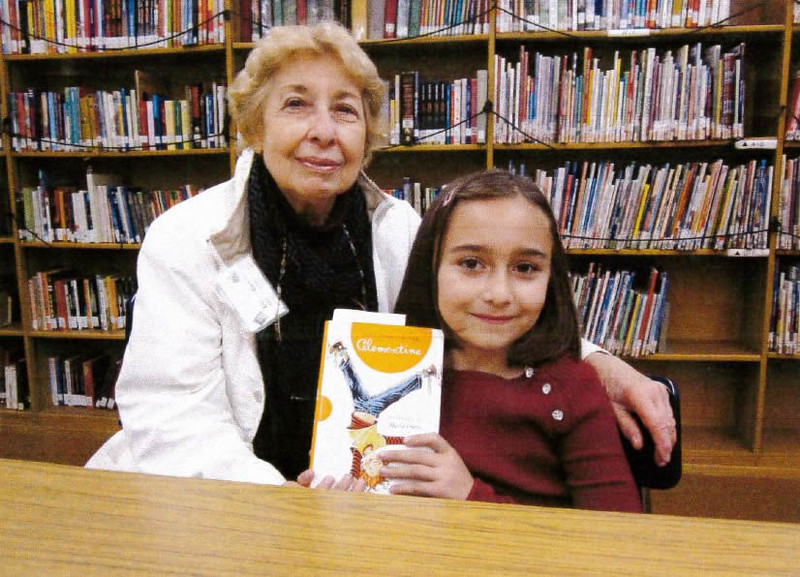 KOREH L.A. volunteer Evelyn B. and 3rd grader Mari T. at Rosewood Avenue Elementary.