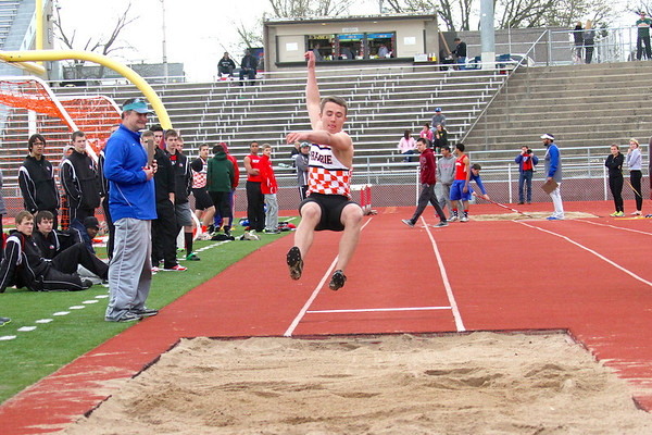 Prairie at the Wilkinson Relays 5/2/14
