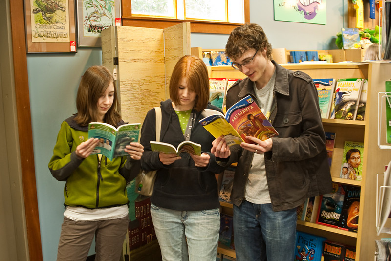 Reading at the Oregon Coast Aquarium Giftshop/Bookstore