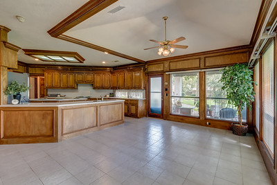 Breakfast Room & Kitchen