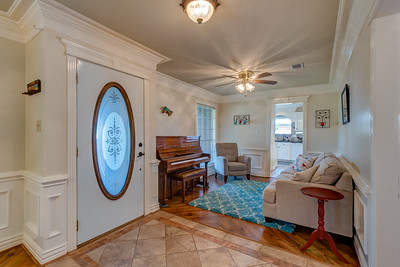 Entry & Formal Dining Room
