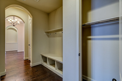Mudroom & Closets