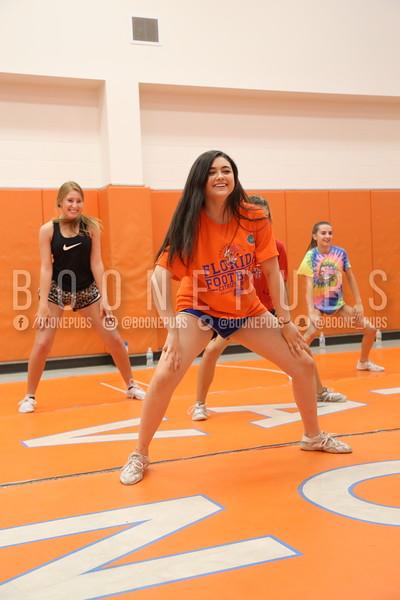 cheer varsity practice 9-28_Eaton0220