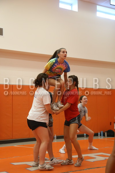 cheer varsity practice 9-28_Eaton0223