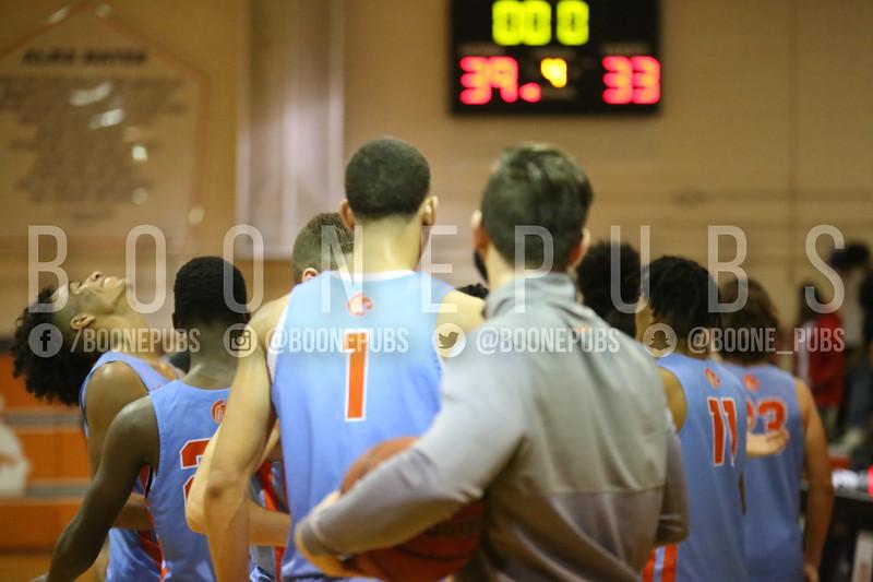 Basketball VS Edgewater 2-6_McCarthy2020020610477