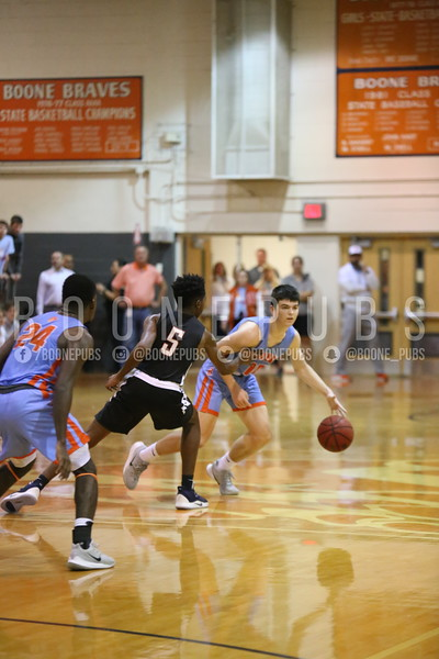 Basketball VS Edgewater 2-6_McCarthy2020020610401
